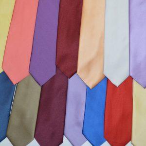 Галстуки матовые цветные 7 см.
